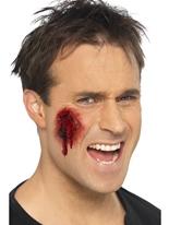 Plaies sanglantes et Mutilations de Style hollywoodien Gore et sang Halloween