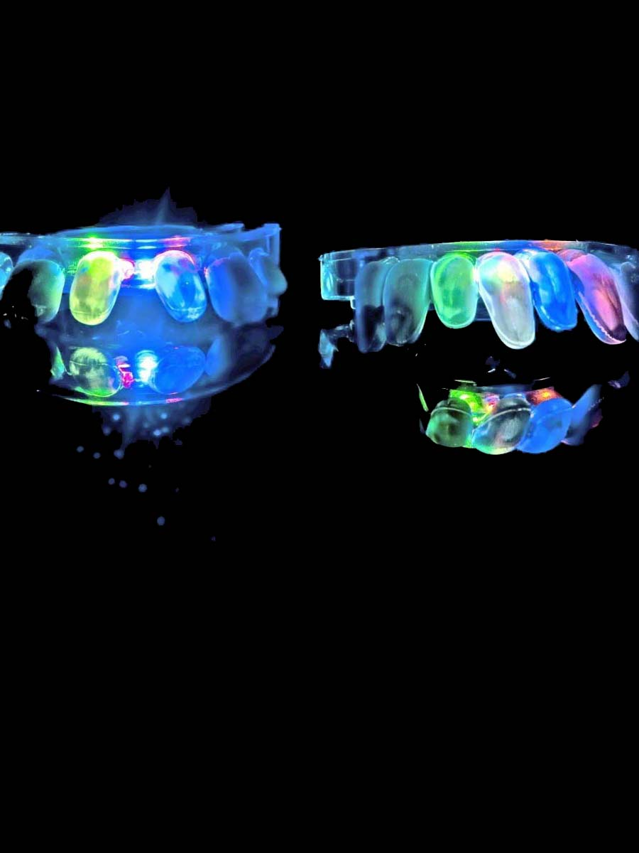 UV & NEON Clignotant jusqu'à & Glow embout buccal