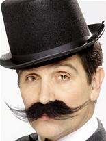 Tales of Olde Angleterre touffue enquêteur Tash Barbes & Moustache
